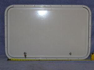 RV Bus Cargo Trailer Access Compartment Storage Hatch Bay Door 32.75 x 21.25 in