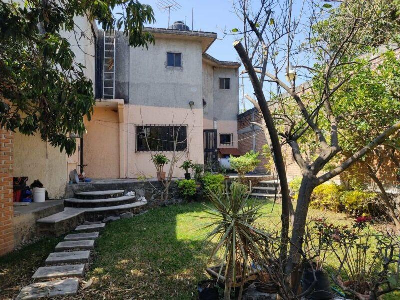 Casa sola lomas de Jiutepec