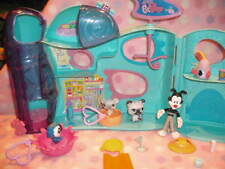 HASBRO LITTLEST PET SHOP LPS PET DAYCARE PETS LOTS OF ACESSORIES 4+ BOYS & GIRLS