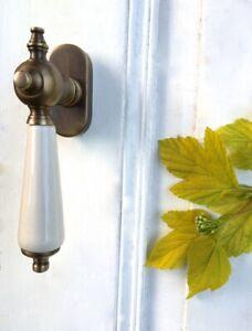 Terrassentür Drehgriff, Fensterolive mit Porzellan-Griff, Landhausstil wie antik