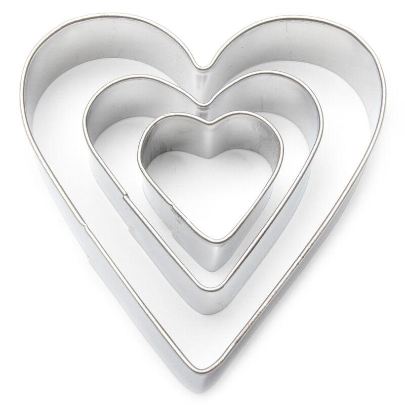 Heart Fondant / Cookie Cutter Set Valentines day biscuits gift idea crafts £2.59 @ eBay