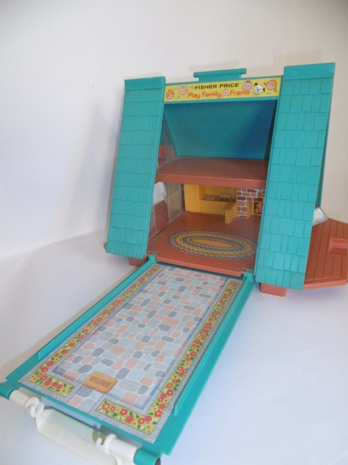 FISHER PRICE PLAY PLAY PLAY FAMILY A FRAME CASA VINTAGE GIOCATTOLO LITTLE PEOPLE TOY 23a5a5