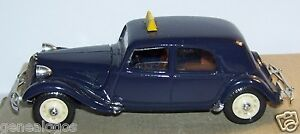SOLIDO-MADE-IN-FRANCE-CITROEN-TRACTION-15-CV-SIX-1939-TAXI-1-43-REF-4032-1982