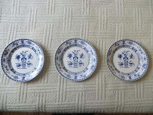 Trois-anciennes-assiettes-plates-POTICHE-9-fabriquees-a-Maastricht