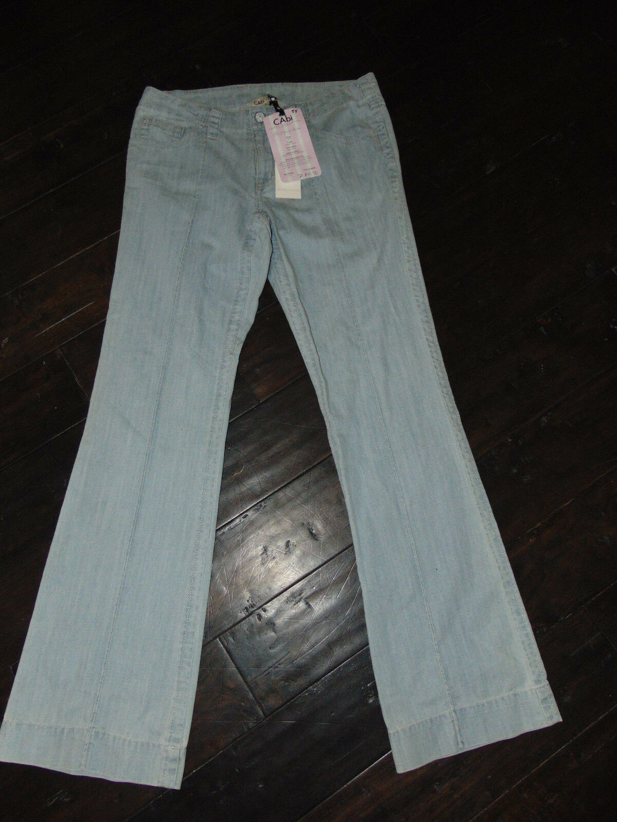 NEW  89 CAbi Style Summer Wash Sophia Light Denim Wide Leg JEANS Size 8 NWT