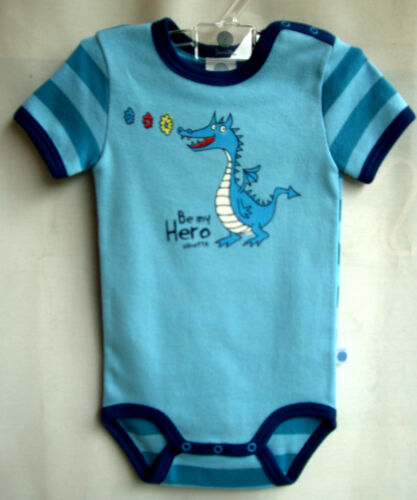 "SANETTA Baby-Body 1//2 Arm blau//petrol-mar /""Be my Hero/""  Gr.68 UVP 13,95 €"