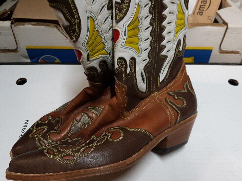 Sanchez Lady Cowboy Boots = 0 miles