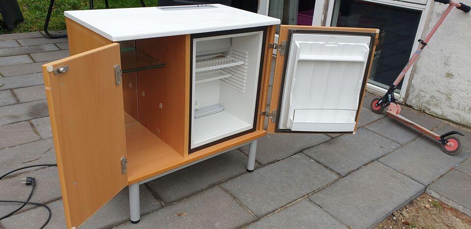 Andet køleskab, Electrolux