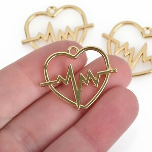 20 Heartbeat Connector Charms