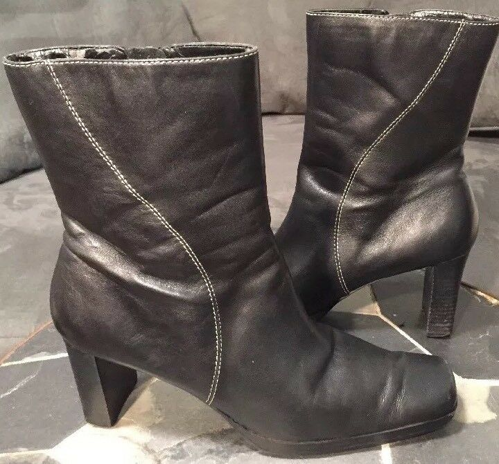 AK Anne Klein Ankle Boot Zip Up Black Leather Size 7.5 M