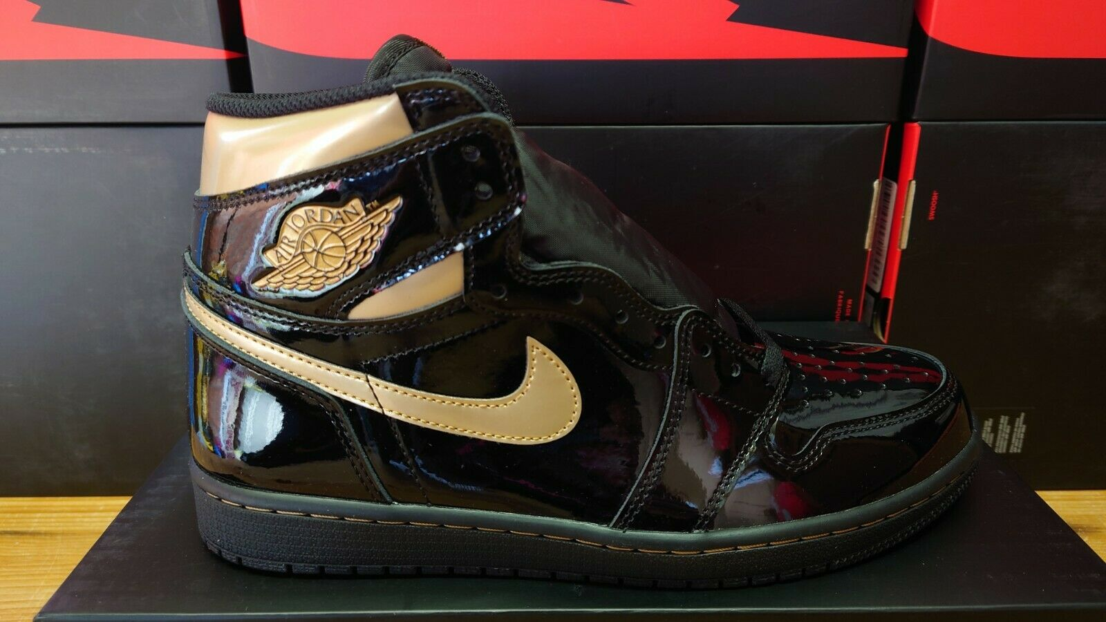 Nike Air Jordan 1 Black Metallic Gold Patent UK 8.5 USA 9.5 EU 43 555088 032