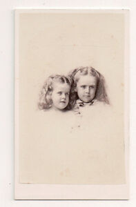 Vintage-CDV-2-Beautiful-Young-Girls-Golden-Locks-Whipple-Photo-Boston