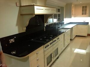 Composite-Man-Made-Quartz-Black-Mirror-Fleck-Quartz-Kitchen-Worktop ...