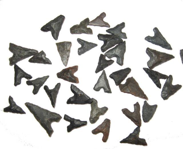 Neolithic Tidikelt bird point arrow head Berber tribe from Algeria one per bid