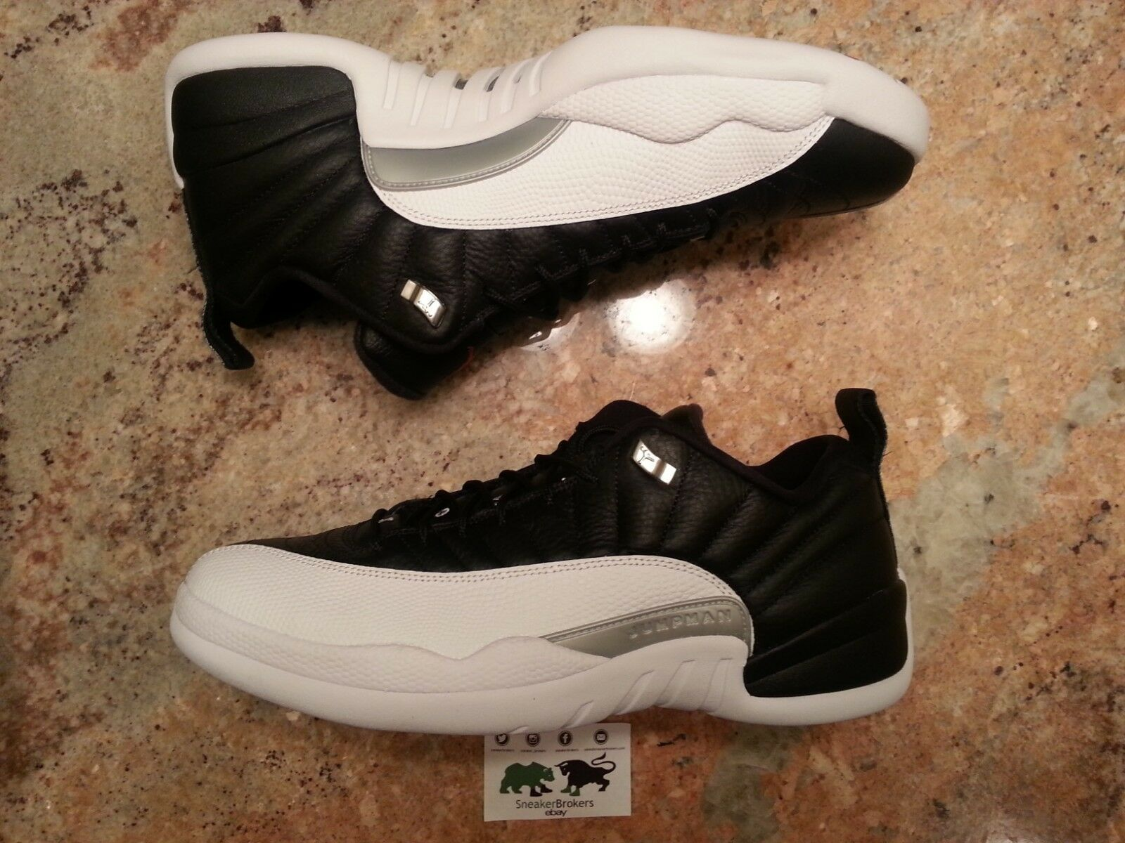 2017 Nike Air Jordan 12 XII Retro Low Playoff Size 13. 308317-004.