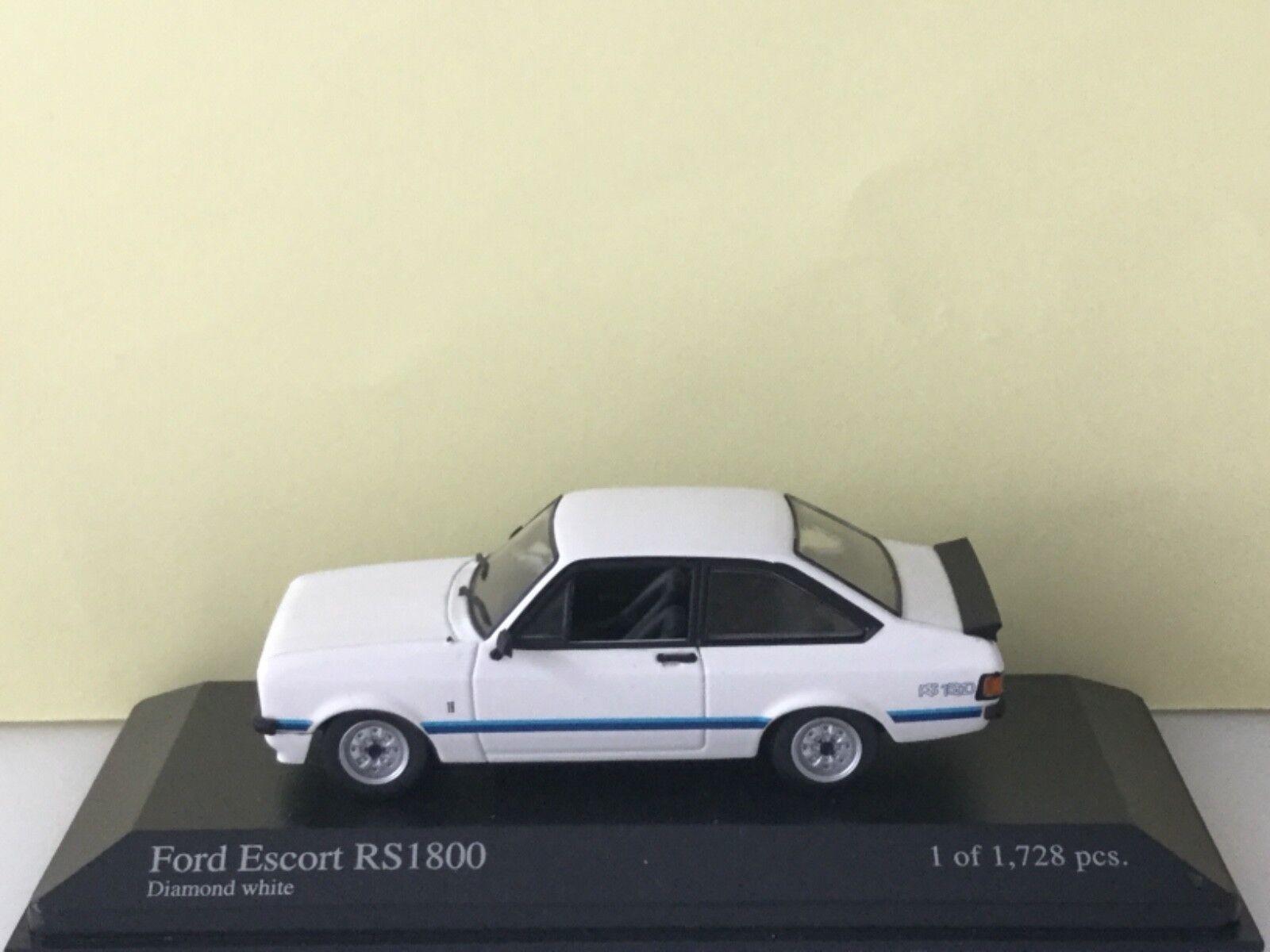 Minichamps 1 43 Ford Ford Ford Escord ll RS 1800 1975 White Modell Nr. 400 084470 4ec745
