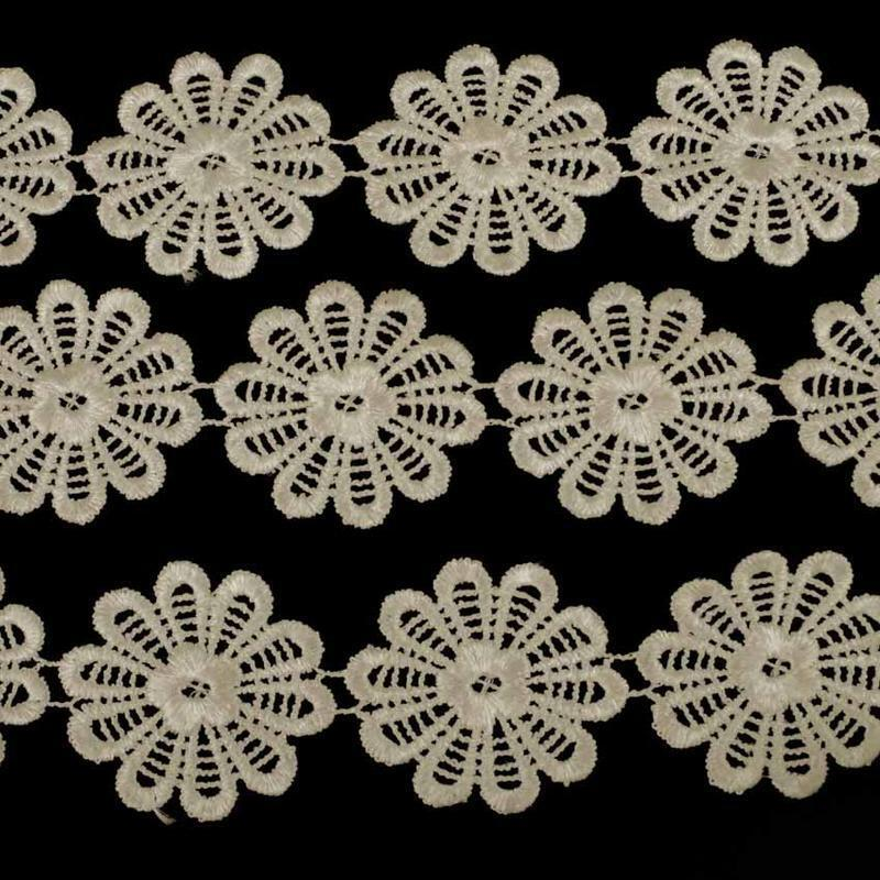 1M Ivory Flower Guipure Wedding Lace Trim Vintage  45mm wide 1m LC56