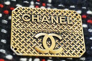 One-Auth-Chanel-button-1-pieces-emblem-metal-cc-logo-57-37-mm-bronze