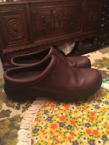 Merrell-Women-s-Brown-Leather-Casual-Slip-On-Shoes-Clogs-Size-6