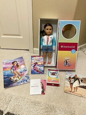 American Girl Joss Doll Girl of the Year 2020 New-comes with Surf /& swim-no meet