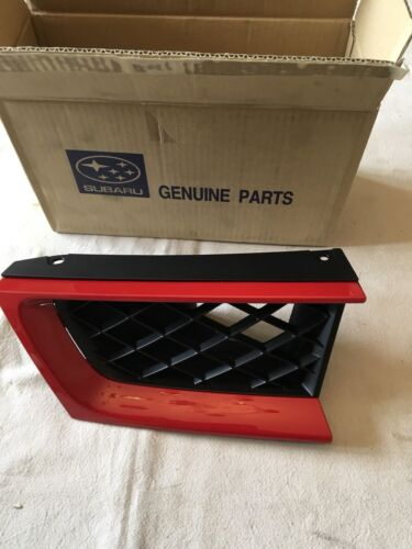 NEW GENUINE SUBARU IMPREZA RIGHT HAND SIDE FRONT GRILL IN FACTORY RED
