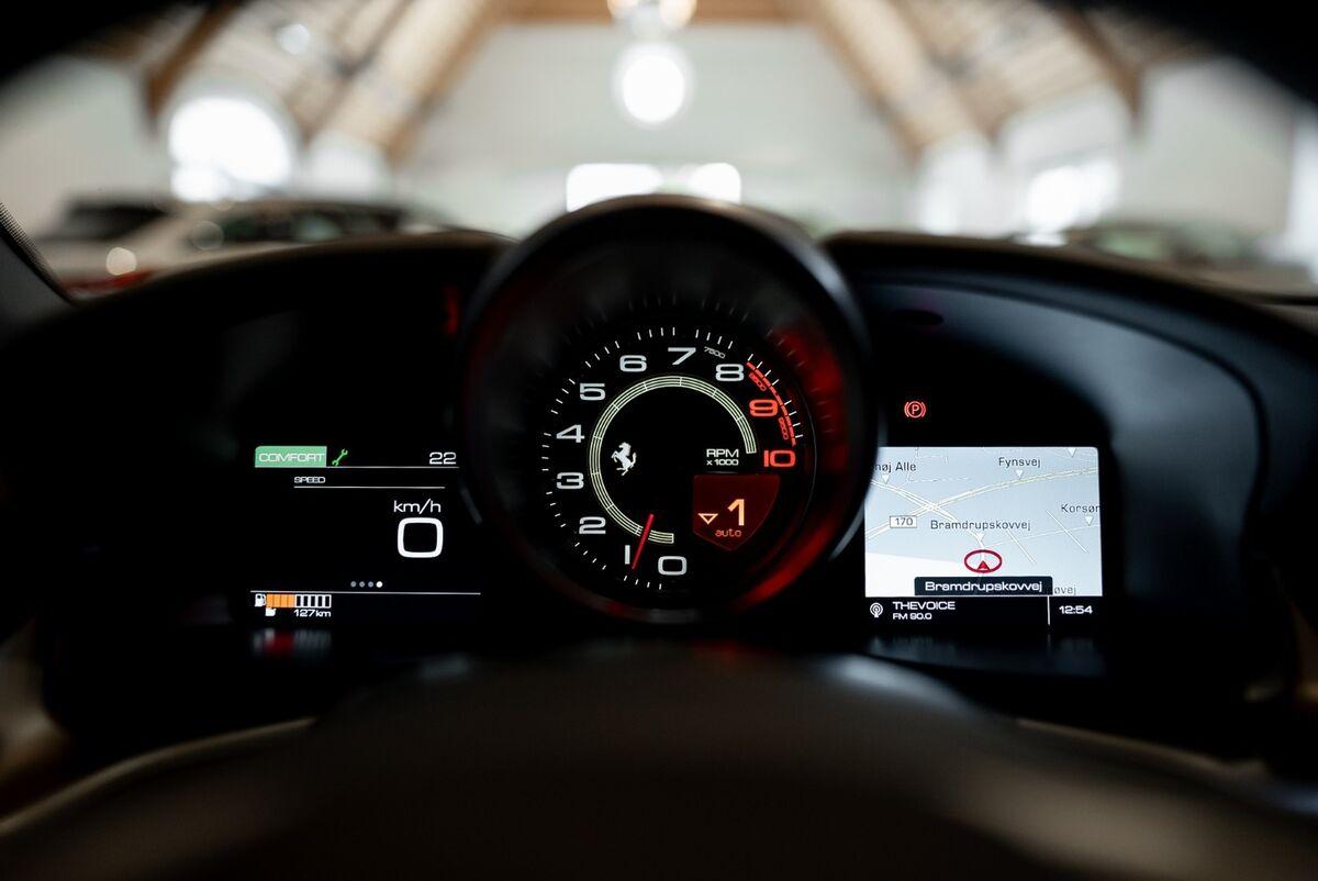 Ferrari GTC4Lusso DCT