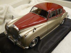 Minichamps 1960 Bentley S2 Gold 1:18*New Color! Very Nice ...  |Really Nice Bentley