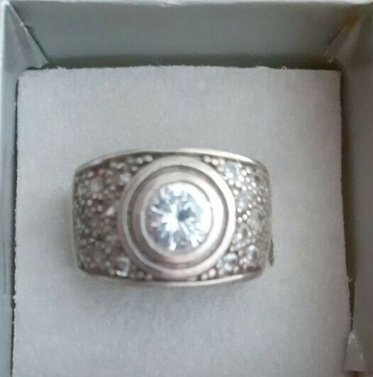 SOLID 925 STERLING SILVER RING  WITH CUBIC ZIRCONIA