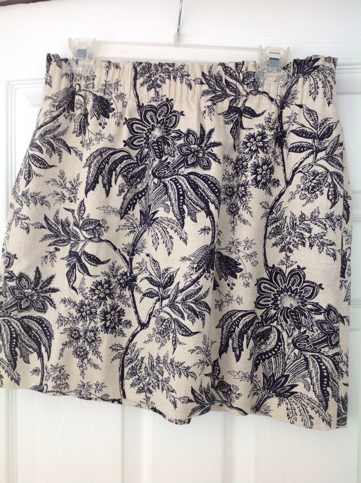 J Crew Navy bluee & Natural Floral Pull On Skirt Size 12 NWT