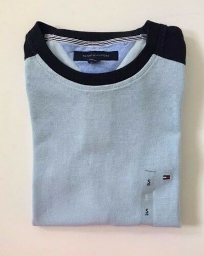 Authentic NWT Tommy Hilfiger Men/'s T-Shirt Colorblock