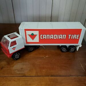 VINTAGE 70S CANADIAN TIRE Pressed Steel TOY SEMI TRUCK AND TRAILER
