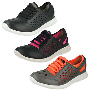 clarks womens sports shoes sale