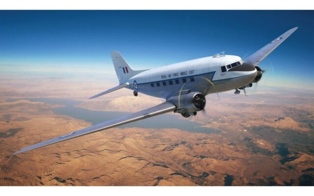 Avion Britannique multi-rôle DOUGLAS DAKOTA MK.III - Kit AIRFIX 1/72 n° 08015A