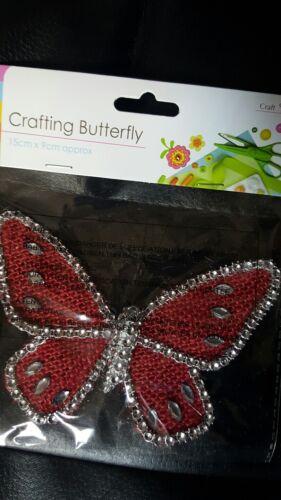 Diamonte bordée de rouge de hesse artisanat papillon 13cm x 9cm