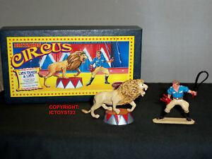 Ensemble de figurines civiles Britains 8672 Circus Lion Tamer en métal
