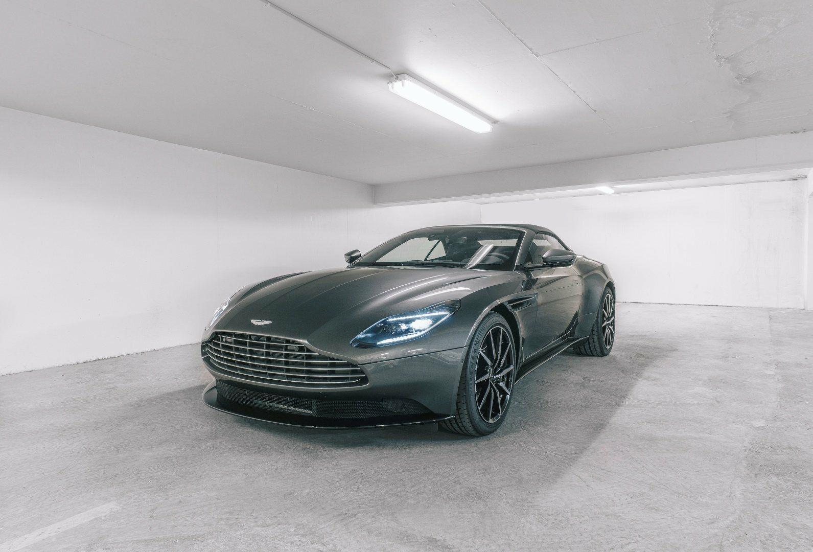 Aston Martin DB11 4,0 V8 Volante aut. 2d