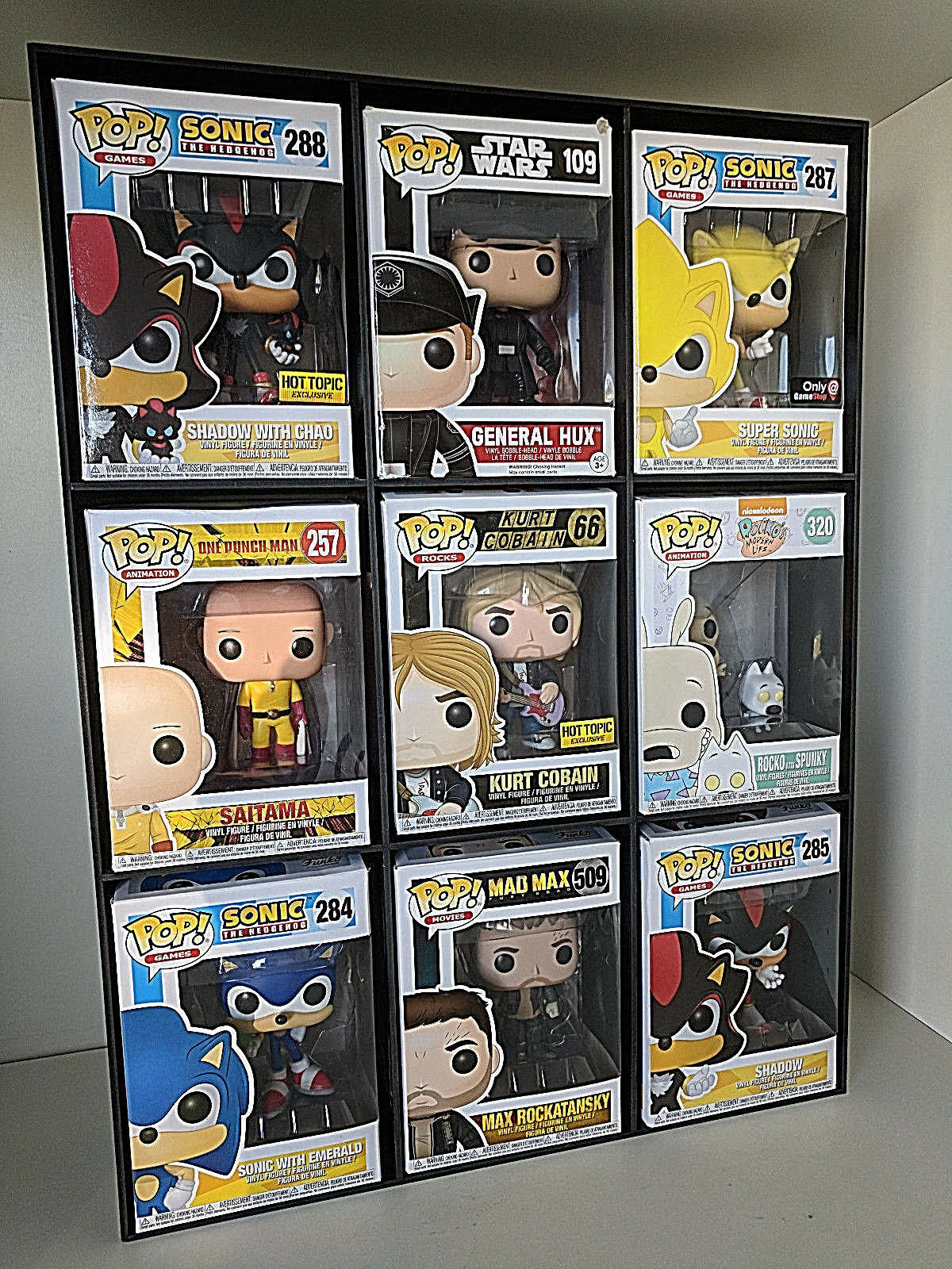 Funko Pop Expandable Wall Display Case Holds 9 Pops In Wallpaper Like Design Ebay
