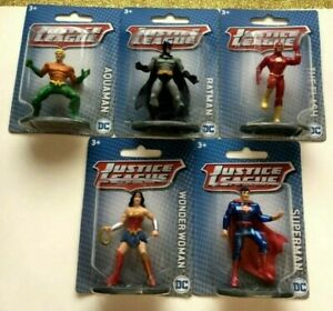 Justice League DC Miniture Figure Batman, Superman, Aquaman, Falsh, WW, Lot of 5