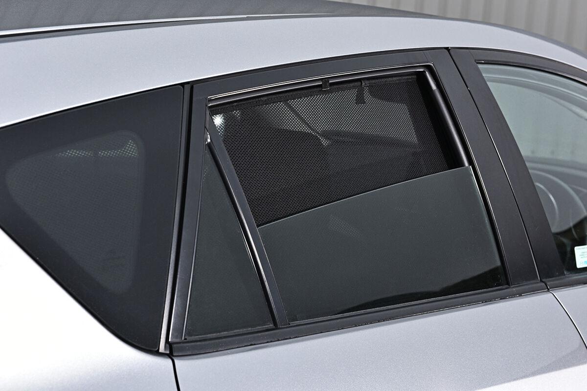 BMW Genuine Rear Side Window Sun Blind//Shade//Screen Set F20 1 Series 51462219797