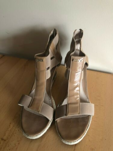 Fendi Patent Leather T Strap Wedge Sandals Shoes H