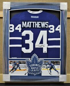 Auston-Matthews-Toronto-Maple-Leafs-Framed-Signed-Jersey-Fanatics-Authentic