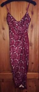 NEW-AX-PARIS-WOMENS-LACE-BODYCON-WINE-COLOURED-DRESS-UK8