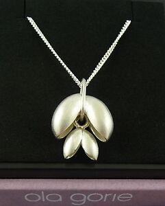 Ola-Gorie-Silber-Kunst-Und-Kunsthandwerk-Pure-Anhaenger-45-7cm-Kette-Schottisch