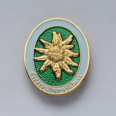 WW2 GERMAN EDELWEISS MOUNTAIN DIVISION OFFICER METAL BADGE-50049