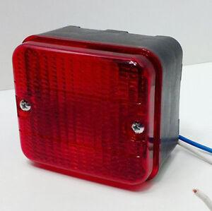 Nebelschlussleuchte-PKW-Anhaenger-Nebel-Schluss-Leuchte-Licht-Nebellicht-komplett