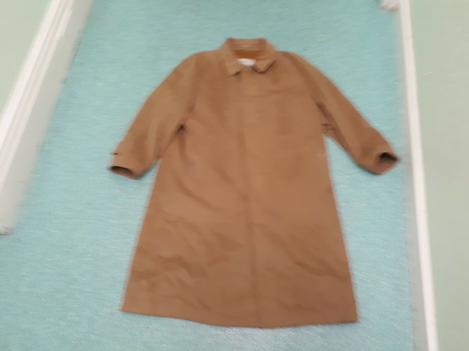 Aquascutum Mens 48 Inch Chest 44 Inch Length Pure Cashmere Overcoat