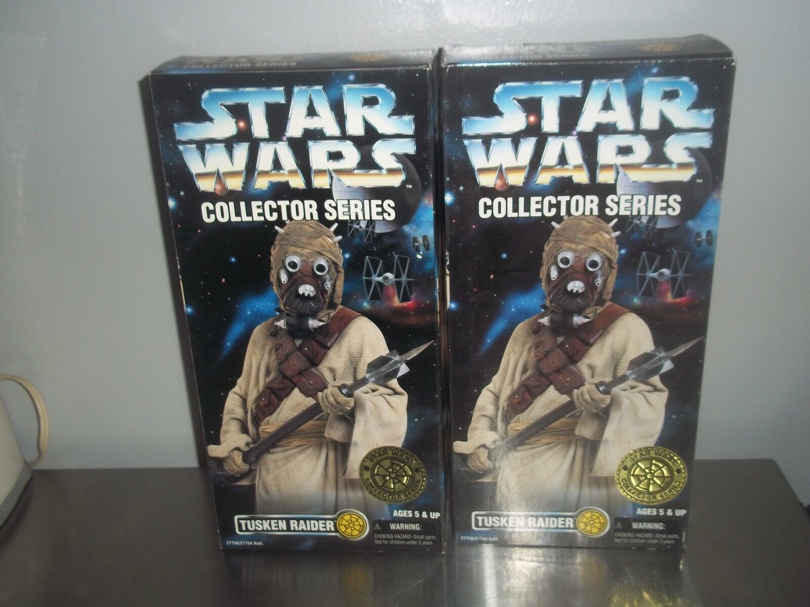 2 STAR WARS collector series exclusive 12   Sandperson varients staff & gun MIB