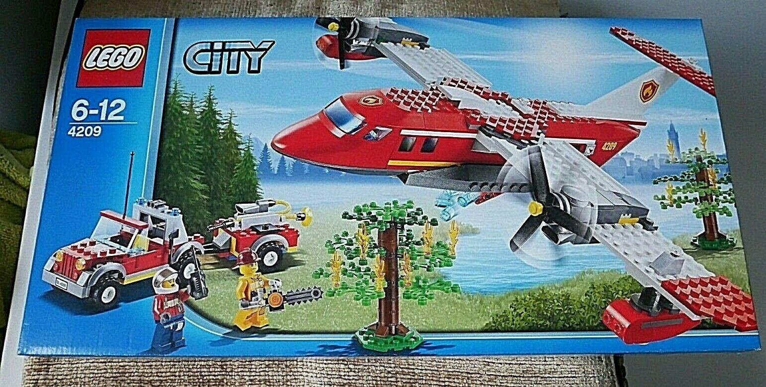 LEGO 4209 LEGO CITY FIRE PLANE - NEW SEALED RETIRED SET.
