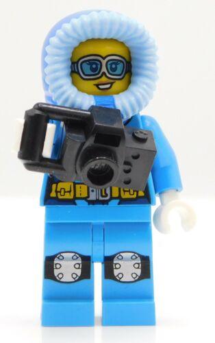 Lego Minifigure wildlife photographer