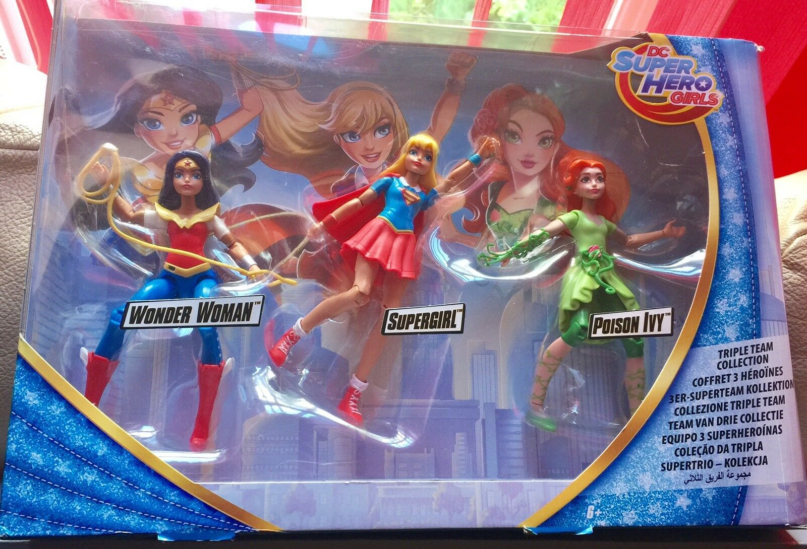 DC SUPER SUPER SUPER HERO GIRLS Power Action BNIB 2ca1c3